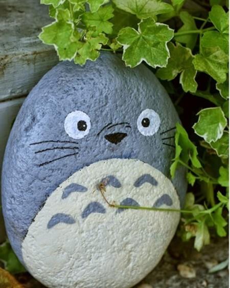 11 proyectos decorativos para hacer con piedras estas vacaciones - Figuras decorativas grandes ...