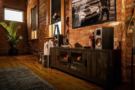 Lo básico que debes considerar al comprar unos altavoces autoamplificados para mejorar el sonido de tu tele