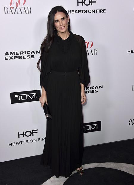 Harpers Bazaar Most Fashionable Women Alfombra Roja Looks 2017 12