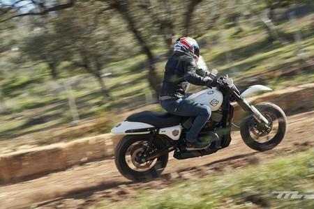 Harley Davidson Triple S 2020 Prueba 046