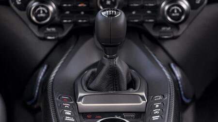 Aston Martin Cambio Maual 3