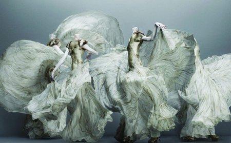 """""""Savage beauty"""". El homenaje del Museo Metropolitano a Alexander McQueen"""