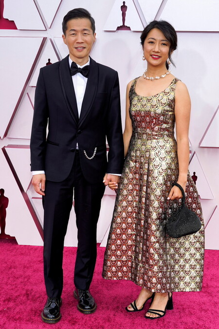 Vestidos Dorados Oscar 2021 Carey Mulligan