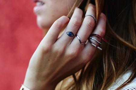 ¿La nueva moda de la temporada? Tatuajes en los dedos
