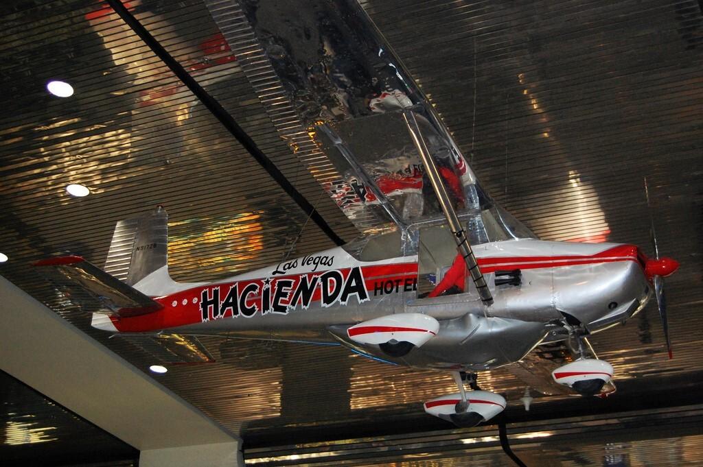 El avión que se mantuvo en aire volando durante 64 días, 22 horas y 18 minutos