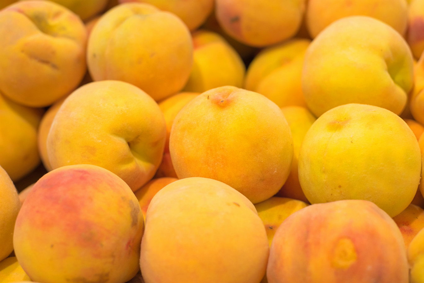 Dulces y saladas: siete recetas con melocotón para aprovechar las deliciosas variedades del final de temporada