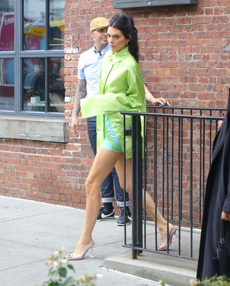 Amina Muaddi Zapatos Celebrities Kendall Jenner 02