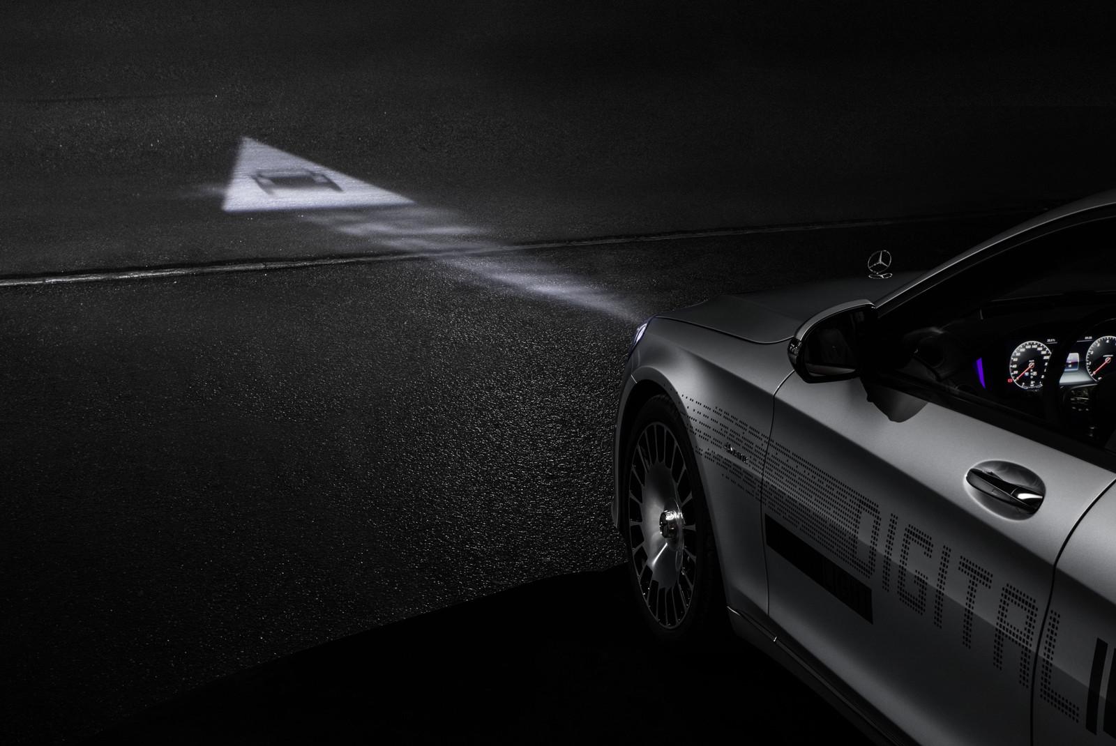 DIGITAL LIGHT de Mercedes-Benz