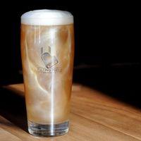 Celebra el pride 2019 con esta cerveza con glitter orgullosamente de la CDMX