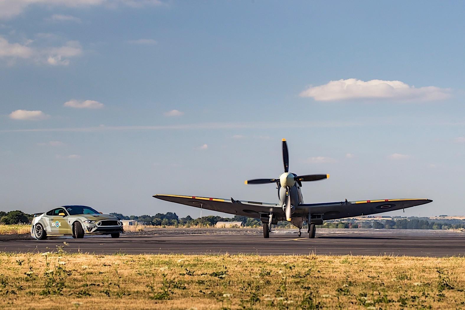 Foto de Ford Eagle Squadron Mustang GT (38/40)