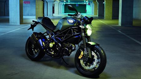 Motorpasión a dos ruedas: Ducati Monster Diesel, Aprilia Dorsoduro 1200 y mucho más