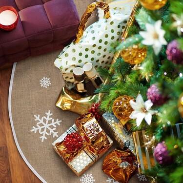 Nueve faldas para vestir la base del árbol de Navidad, en diferentes materiales y estilos