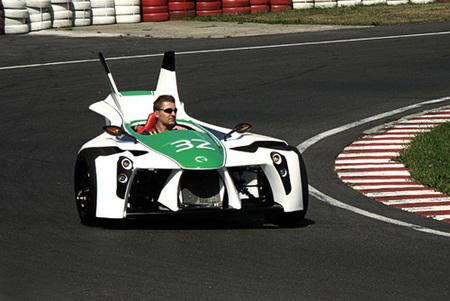 Marotti producirá en serie su deportivo de tres ruedas