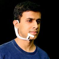 Comunicarnos con nuestros dispositivos u otra persona sin tener que abrir la boca es la promesa de este dispositivo del MIT