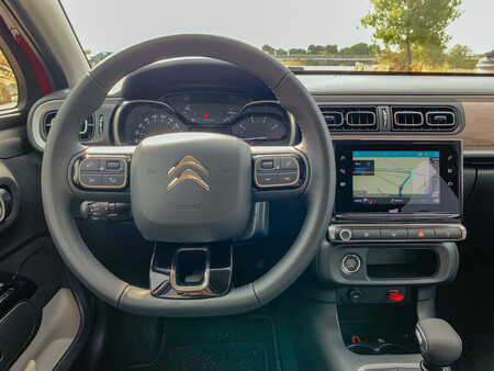 Citroen C3 2020 Prueba Contacto volante