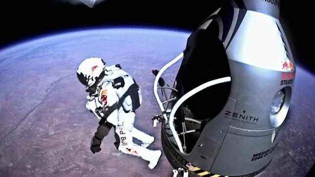 [Vídeo] Red Bull Stratos FULL POV - Multi-Angle + Mission Data