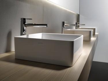 Laufen reduce el espesor de las paredes del lavabo a la mitad manteniendo su resistencia