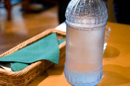Tu bidón de agua puede favorecer la acumulación de grasa en el cuerpo