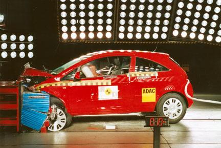 Opel Corsa - EuroNCAP frontal
