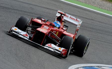Fernando Alonso vence en Alemania y da un golpe sobre la mesa