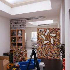 Foto 1 de 7 de la galería separando-espacios-con-un-muro-de-lego en Decoesfera