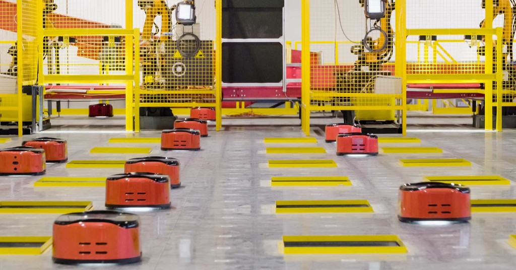 El primer almacén gestionado íntegramente por robot sigue necesitando a los humanos: cinco técnicos para misiones de mantenimiento