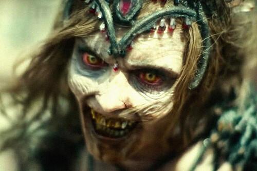 Por qué 'Ejército de los muertos' no acaba de funcionar ni como gran cine de zombies ni como película de atracos a pesar de su espectáculo gore