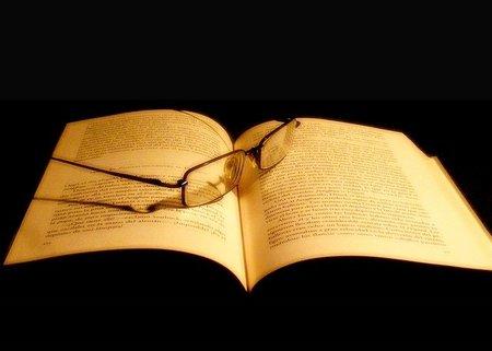 'A ciegas- Lecturas a oscuras', otra manera de sentir la literatura