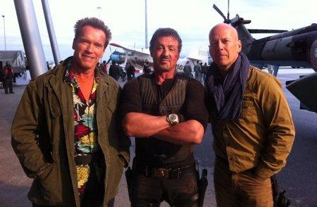 Arnold Schwarzenegger, Sylvester Stallone y Bruce Willis en la primera foto de 'Los mercenarios 2'
