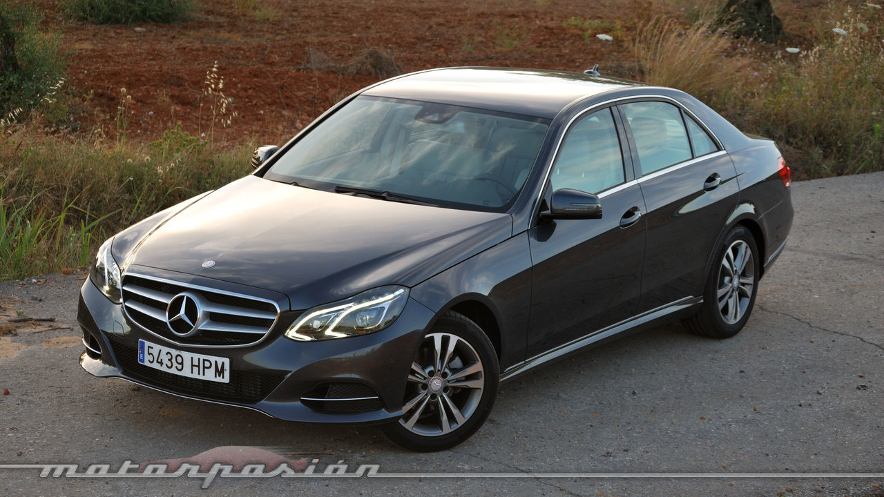 Foto de mercedes benz e 220 cdi prueba 8 88 for Interieur e klasse 2017