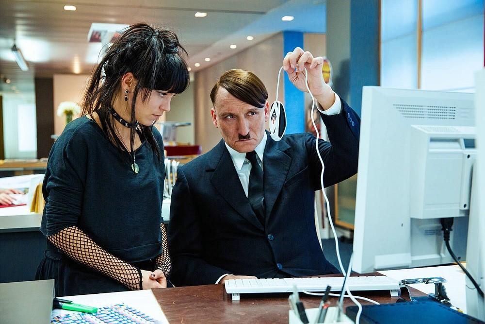 Hitler Internet Ha Vuelto