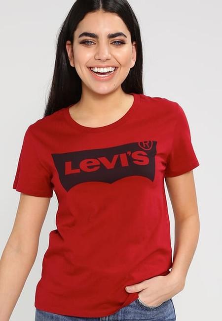 el precio se mantiene estable rebajas outlet encontrar el precio más bajo 8 Camisetas Levi's desde 24,95 euros a 29,95 euros.