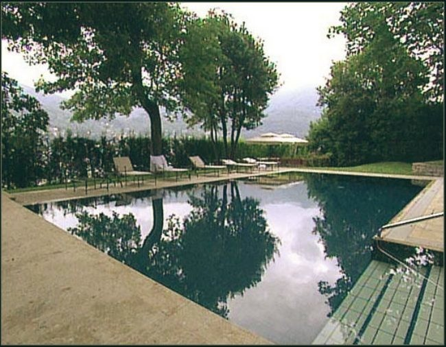Celebrity Homes George Clooney Italian Villa Home Lake Como Swimming Pool Outside Home