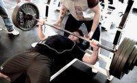 Una serie de ejercicios incrementa la tasa metabolica en reposo al igual que tres series