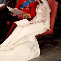 Foto 11 de 12 de la galería todas-las-imagenes-del-principe-guillermo-y-kate-middleton-en-el-altar en Trendencias
