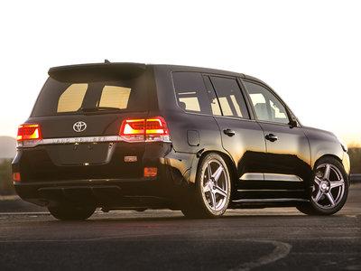 Toyota Land Cruiser TRD con 2.000 CV de potencia... ¿Un sueño o el colmo de lo absurdo?