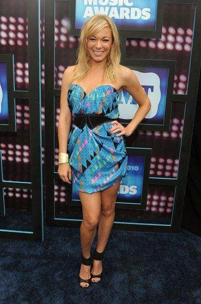 Todas las celebrities en los CMT Music Awards: LeAnn Rimes