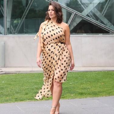 Siete vestidos de talla grande de las rebajas de El Corte Inglés que son fresquitos, bonitos e ideales para este verano