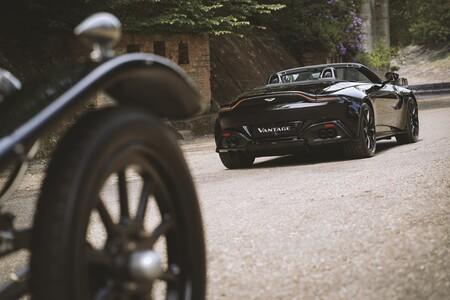 Aston Martin Vantage Roadster A3 2021 005