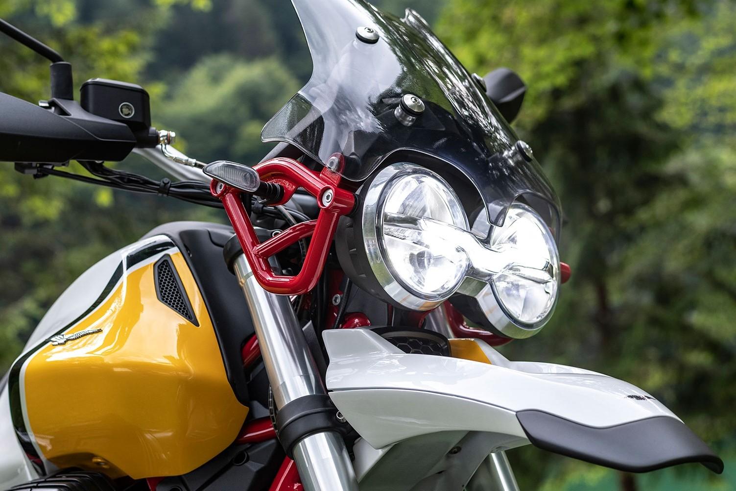 Foto de Moto Guzzi V85 TT 2019 (2/8)