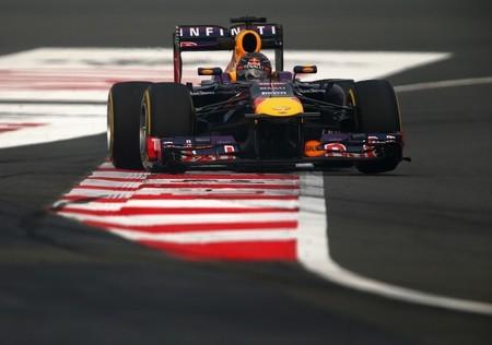 Sebastian Vettel no da opción y se hace con la pole en el Gran Premio de India