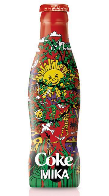 Botella de Coca-Cola diseñada por Mika
