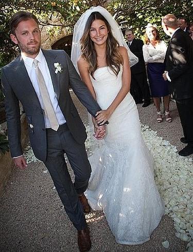 Lily Aldridge: ¿quieres un Vera Wang como flamantísimo vestido de boda? ....Sí quiere