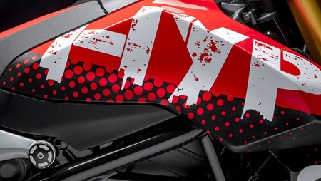 Ducati Hypermotard 950 Concept 03