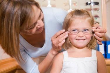 Gafas gratis en la Fundación Alain Afflelou para los niños que las necesiten