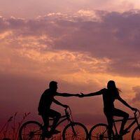 Un inspirador videoclip para viajar en bicicleta en el que han participado nómadas de todo el mundo