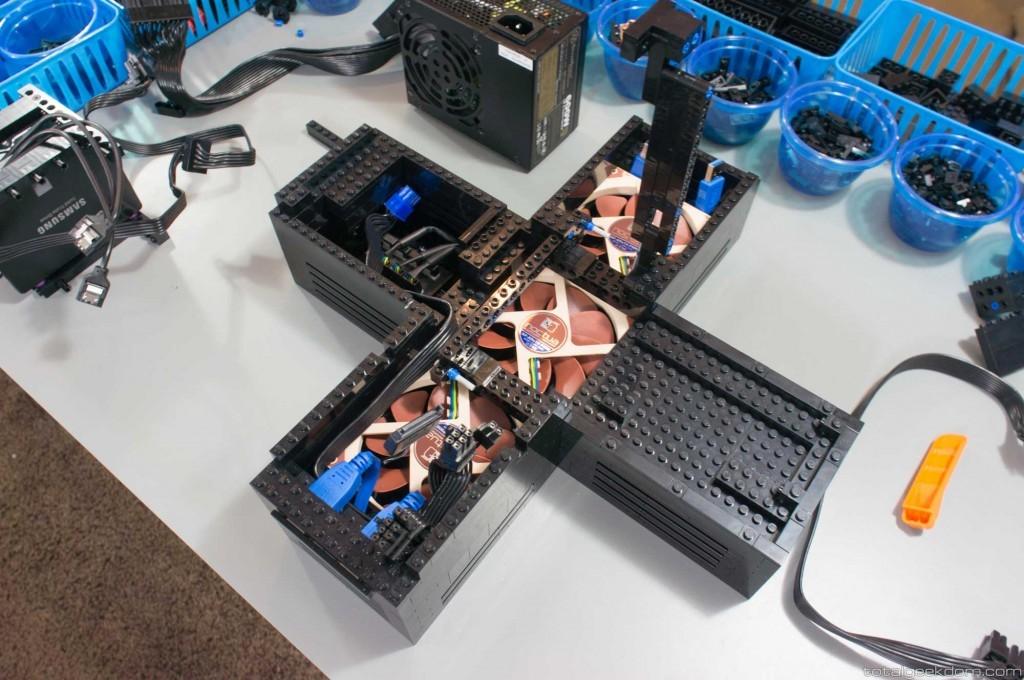 Foto de Lego Gaming Computer (11/16)