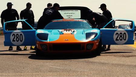 Un Ford GT salvajemente modificado alcanza 473 km/h en la absurda pero irresistible Texas Mile