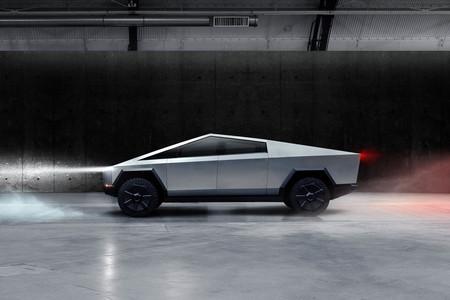 Tesla 1Tesla Cybertruck