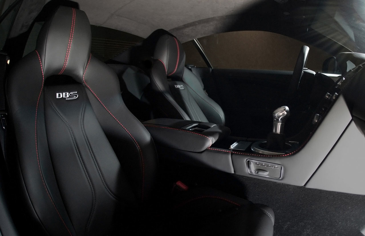 Foto de Wheelsandmore Aston Martin DBS Carbon Edition (10/14)